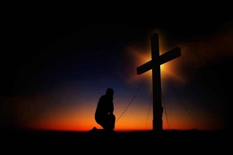 ¿Por Qué Debemos Orar En El Nombre De Jesús?