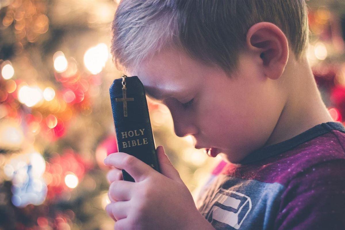 ¿Qué hace que orar sea tan difícil? (y que valga tanto la pena)