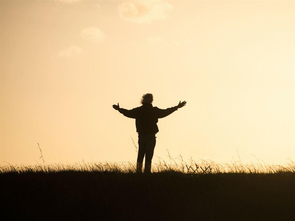 Una Oración De Acción De Gracias – Palabras De Gratitud Inspiradoras