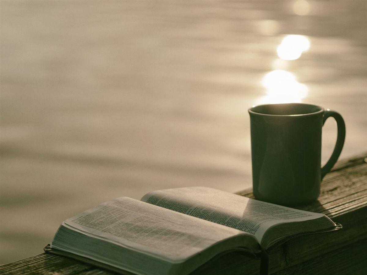 Oraciones Matutinas para Comenzar tu Día