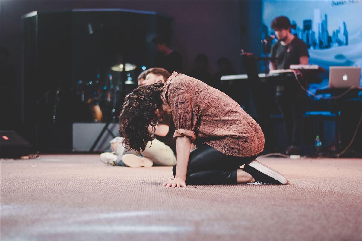¿Qué es la oración contemplativa y cómo orar de esa manera?