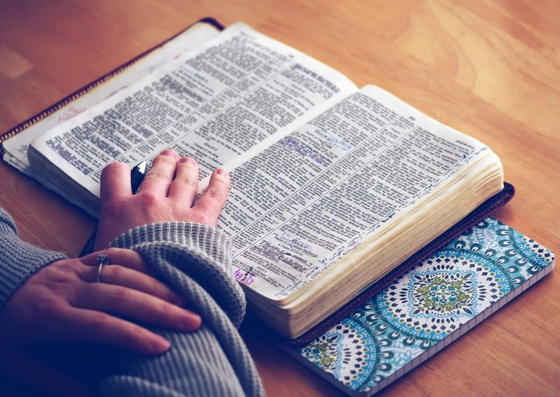 50 Most Popular Bible Verses: Top Read Scriptures