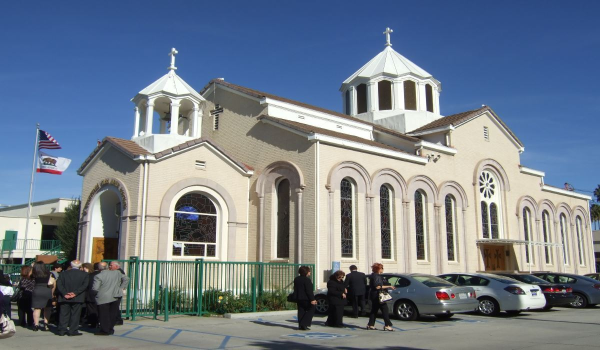 What Are Apostolic Churches? The Origins and Beliefs of