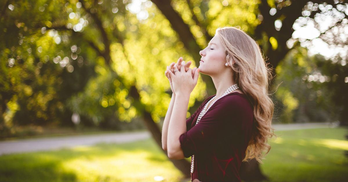 "What Does It Mean to ""Pray Without Ceasing""? Is It Possible?"