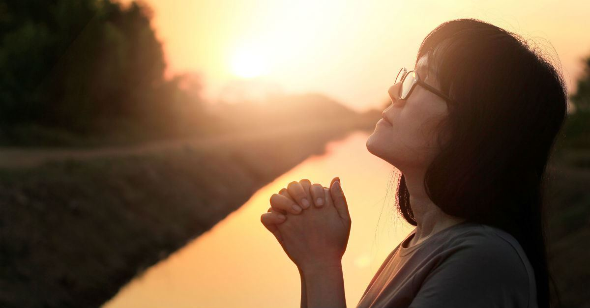"""Is Repetitive Prayer Okay for Christians? What about """"Vain Repetitions"""" in Matthew 6:7?"""