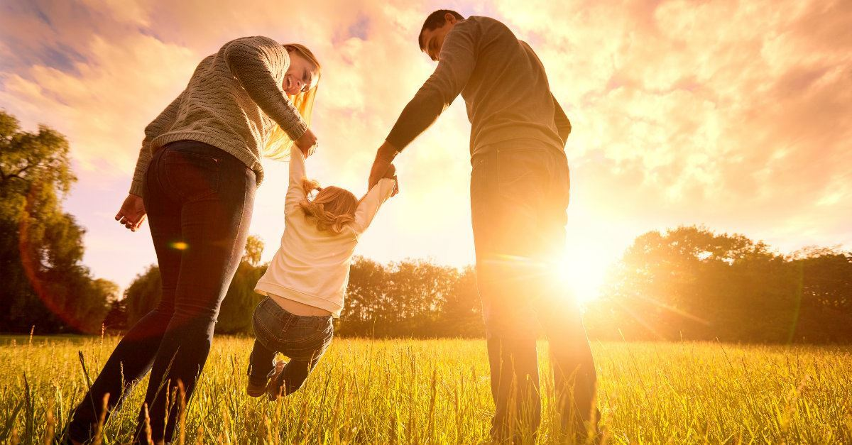 How Can a Christian Wife and Mother Live Joyfully and Glorify God?