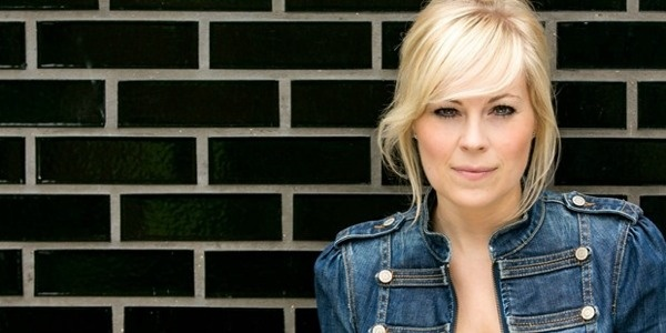 Does It Matter that Christian Singer Vicky Beeching is Gay