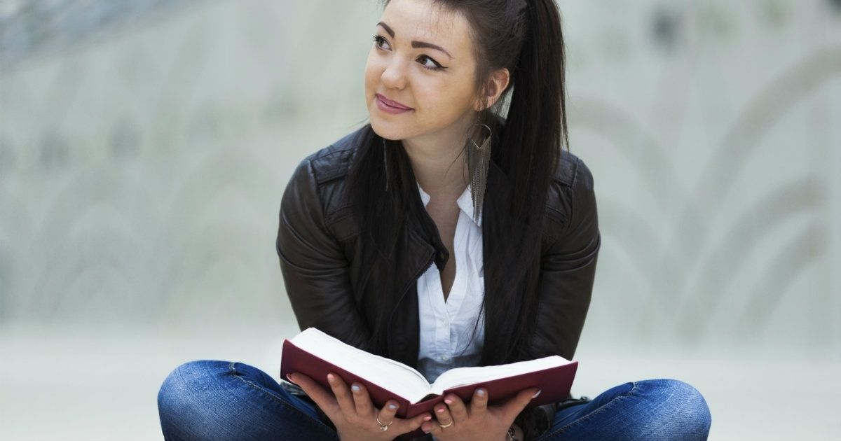 9 Ways to Meet Your Goal of Reading More Scripture Every Day