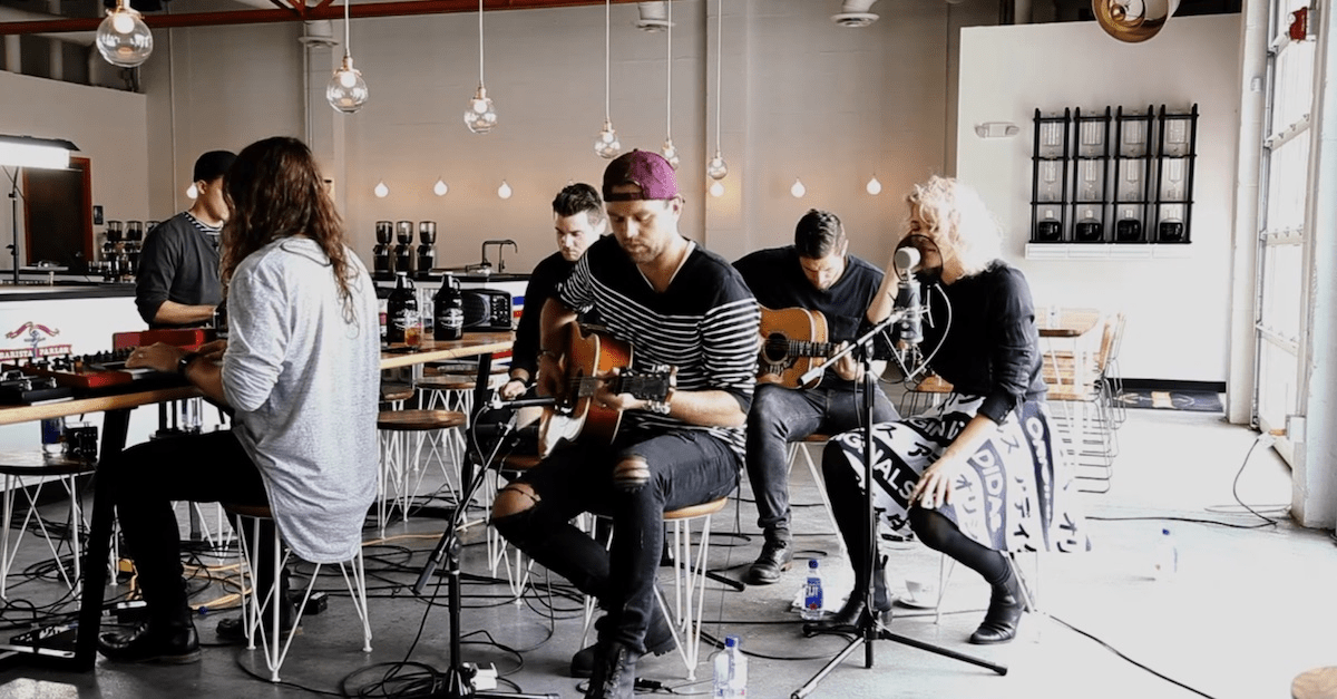 """Unique Performance of """"Touch the Sky"""" by Hillsong UNITED"""