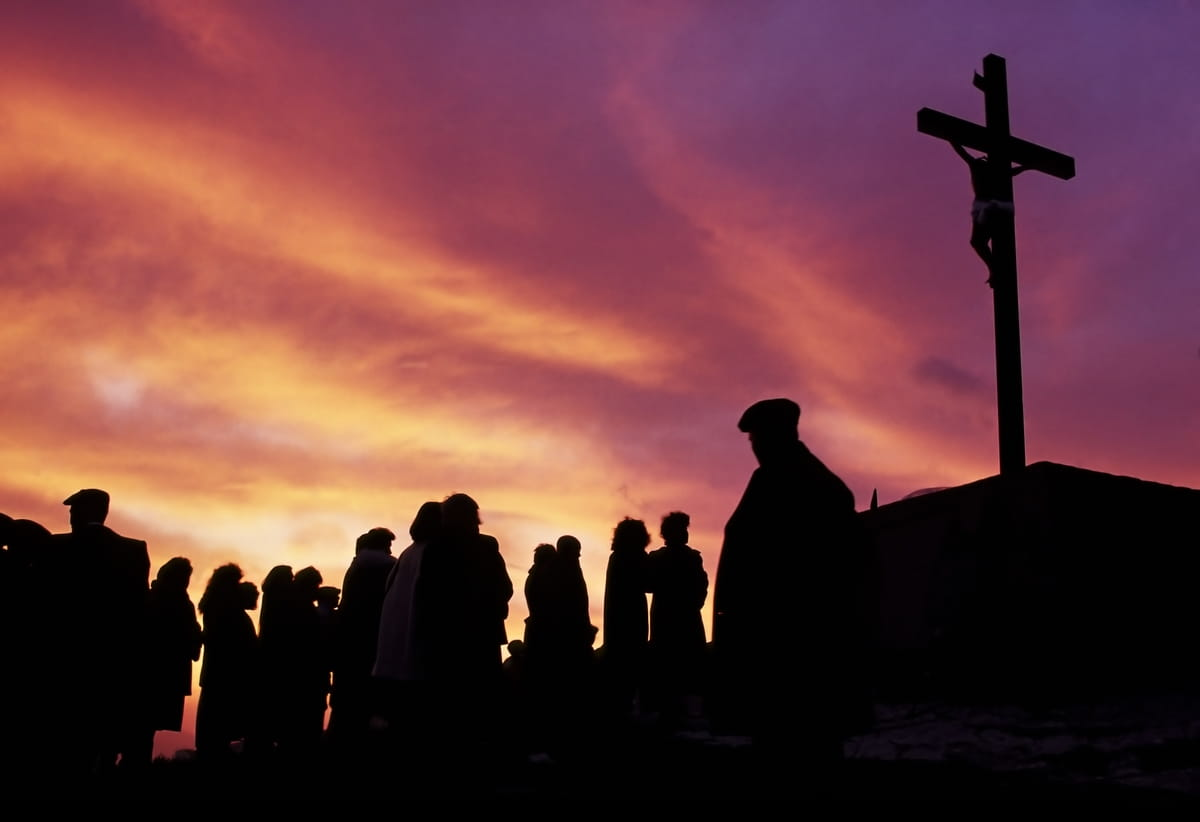 Jesus on the Cross - 10 Powerful Facts About the Crucifixion