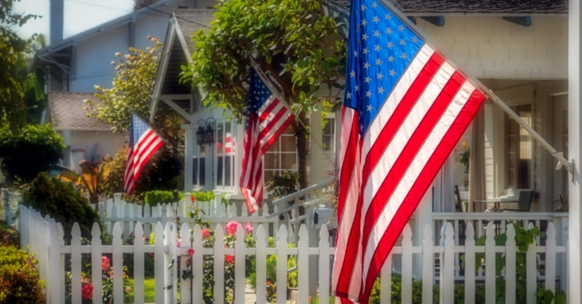 8 Ways to Honor Those Who Served This Memorial Day