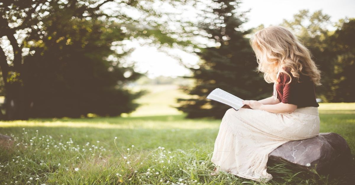 15 Best Christian Books to Guide and Grow Your Faith