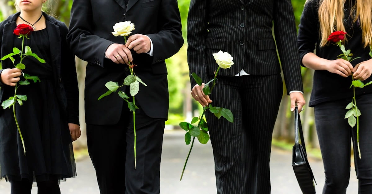 10 Reasons Christians Need to Go to Funerals of Unbelievers