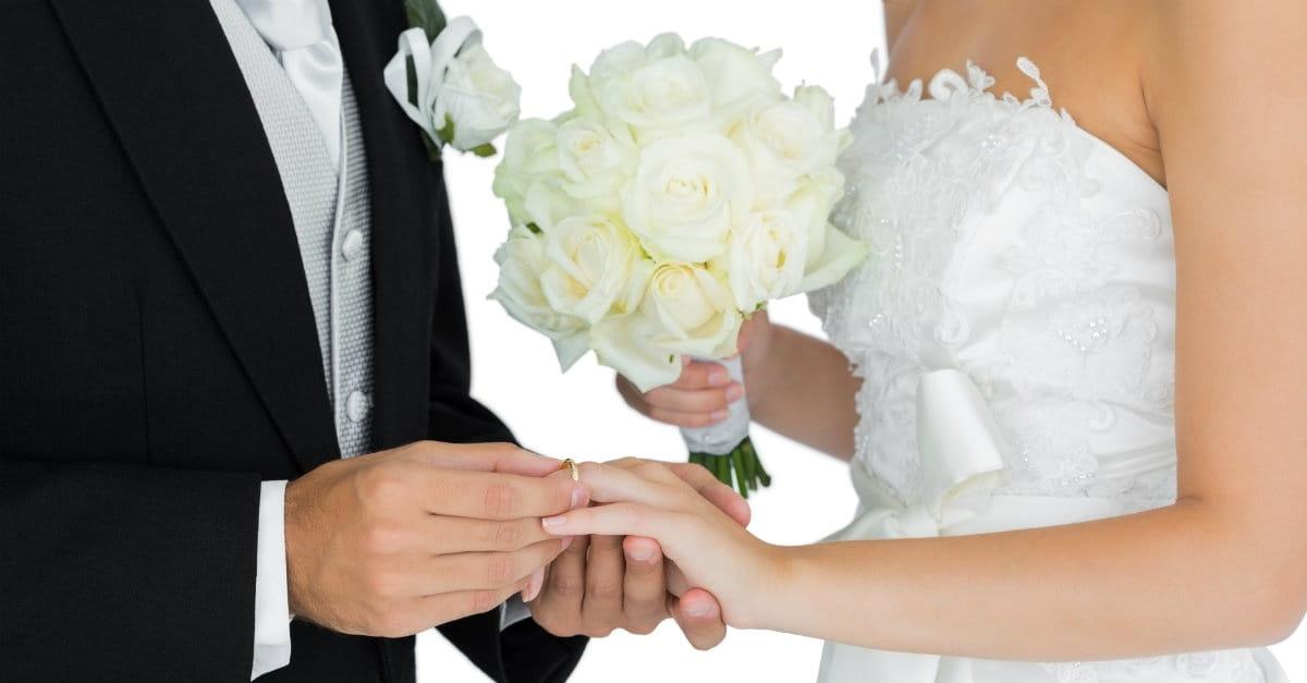 Why I Won't Marry Couples Who Write Their Own Wedding Vows