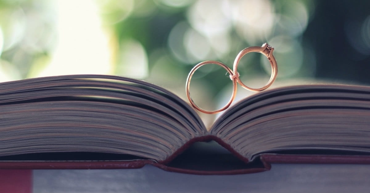 10 Bible Verses To Read At A Wedding
