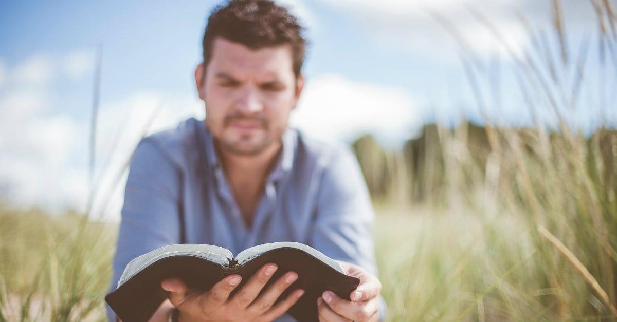 10 Qualities of Jesus Men Should Strive to Have