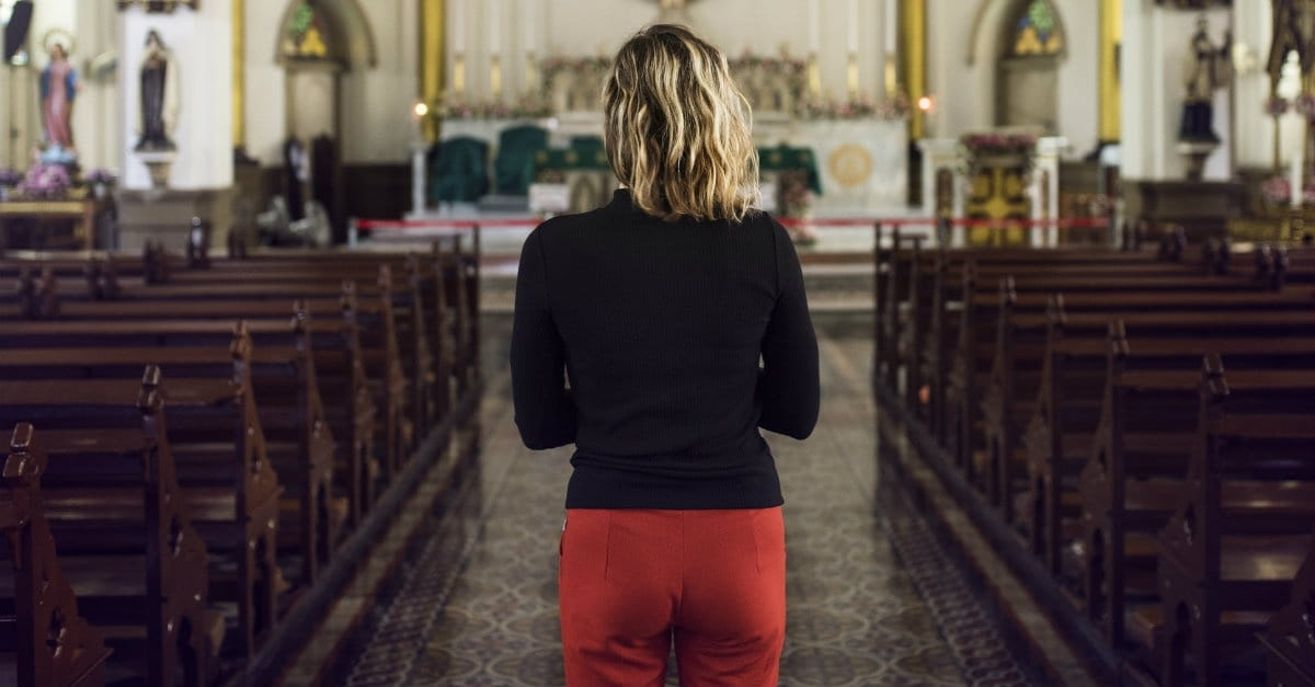 10 Ways You Can Serve the Church as a Single Woman