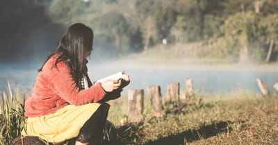How to Treat Anxiety with a Healing Dose of Scripture