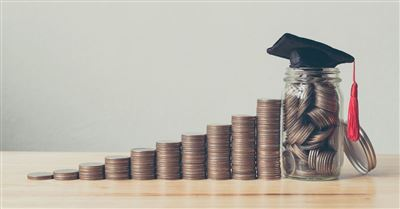 How to Help Your Teen Avoid Student Loan Debt