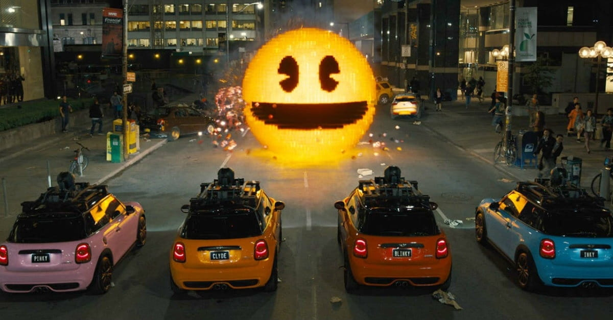The Geeks Inherit the Earth in Entertaining <i>Pixels</i>
