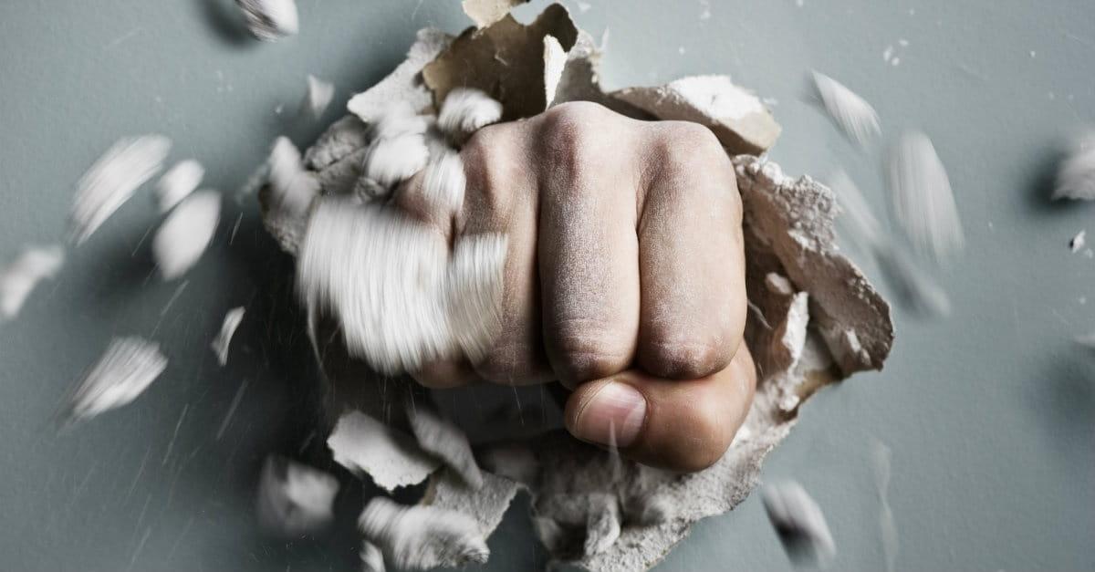 5 Reasons to Stop Bashing the Church