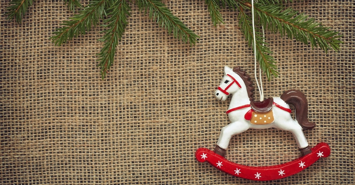7 Ways to Reclaim Christmas from Consumerism