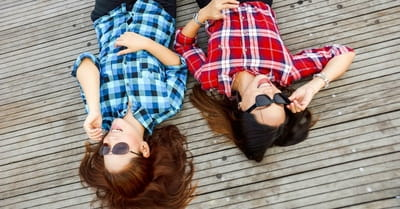 How to Avoid the Comparison Trap that Kills Friendships
