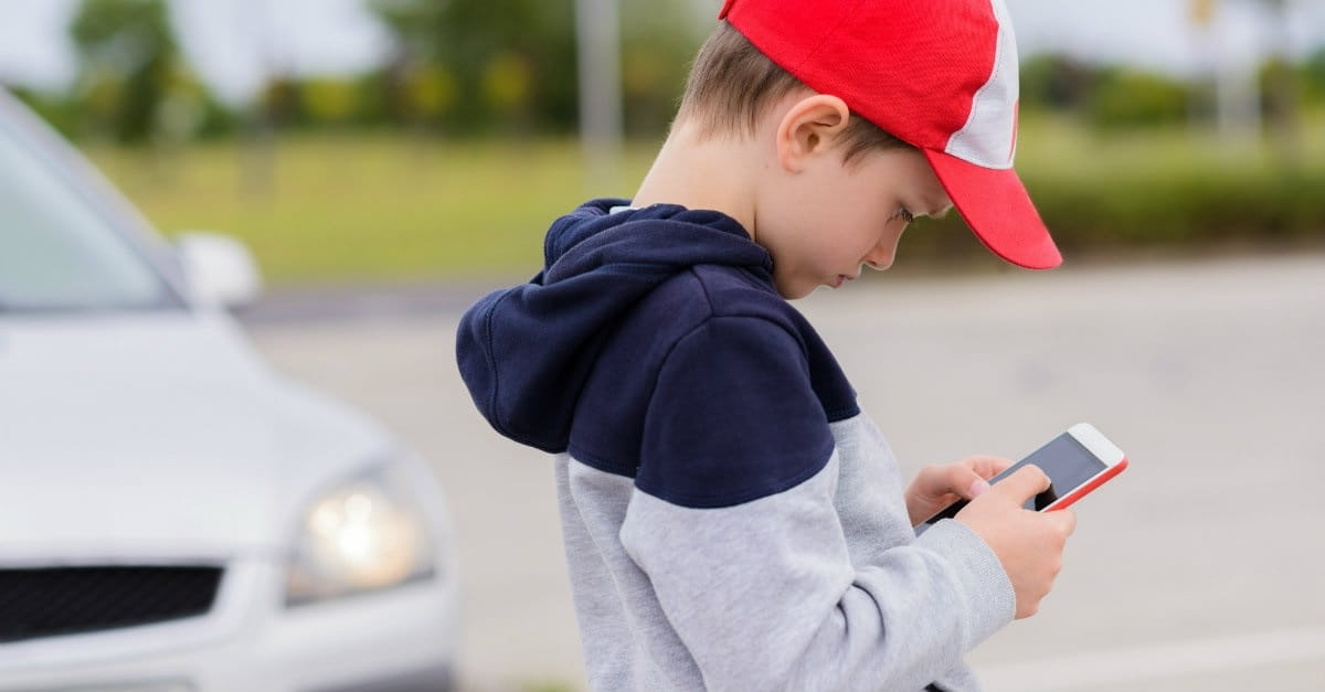 The 9 Most Dangerous Apps for Kids