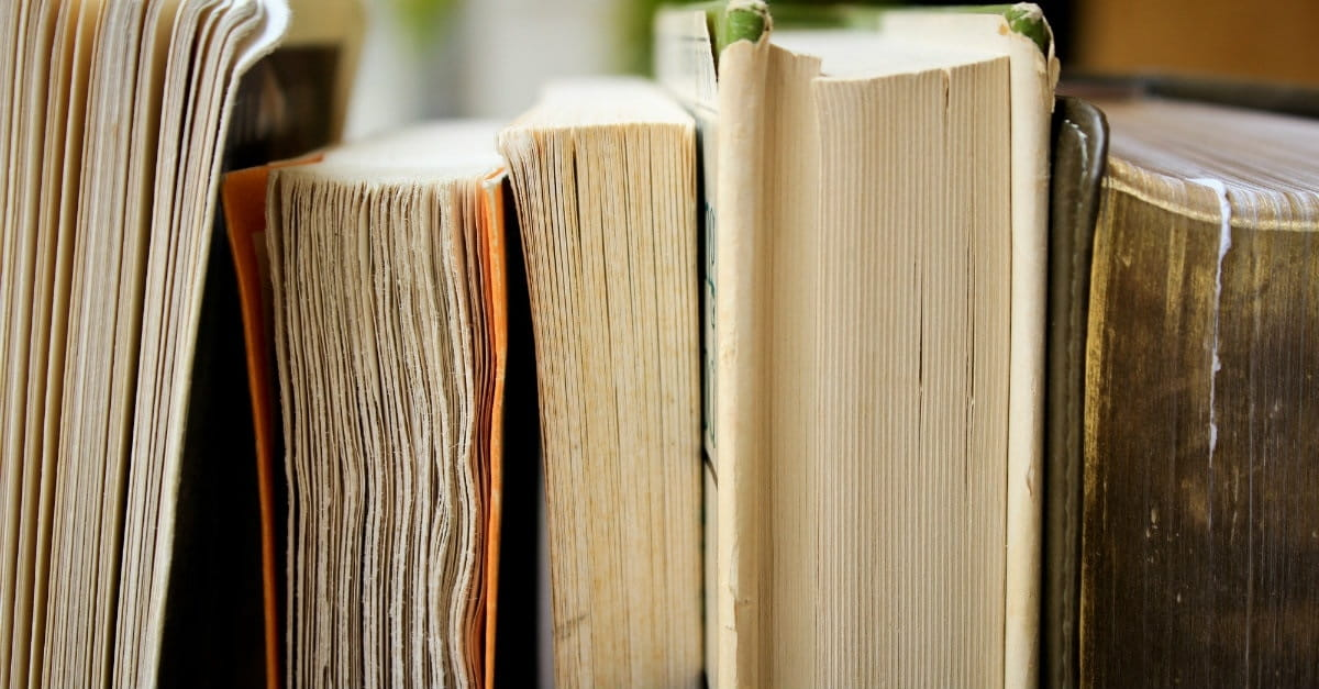 How to Read 200 Books a Year