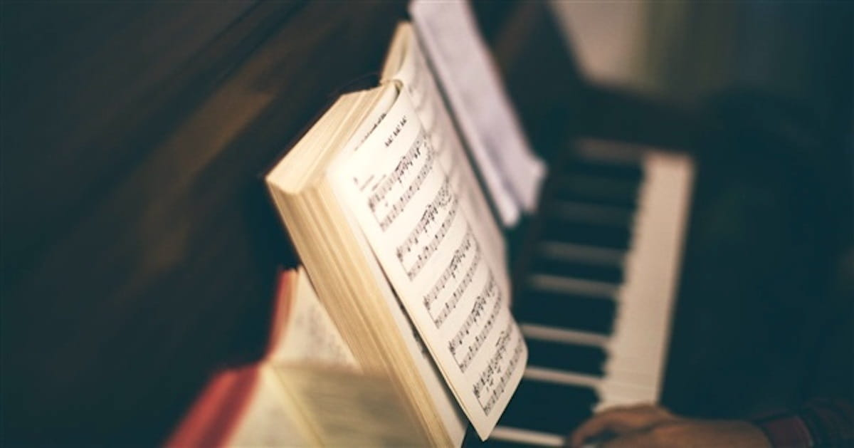 10 Bible Verses I Wish We Wrote Worship Songs About