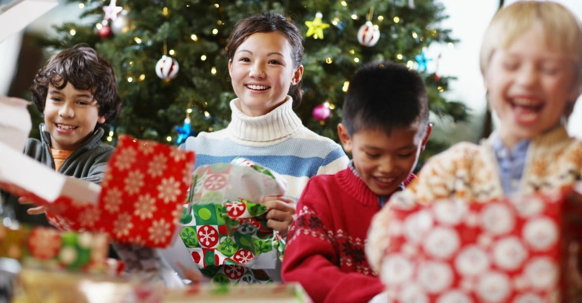 3 Easy Ways to Bring More Joy to Your Child's Christmas Season