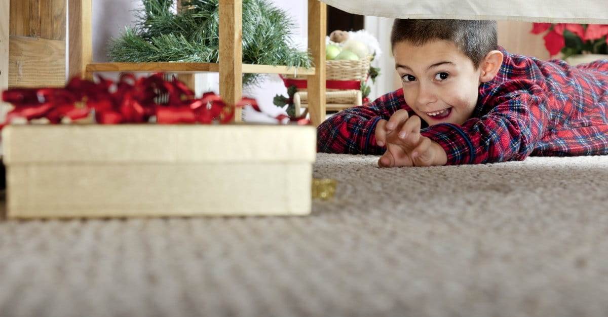 """4 Ways to Combat the Christmas """"Gimmees"""""""