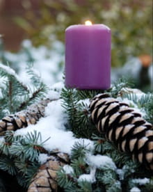 Moments for Mom: Advent Hope for the Brokenhearted