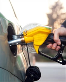 10 Ways to Save on Fuel
