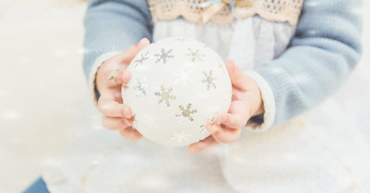 Moms: Doing Less is More This Holiday Season