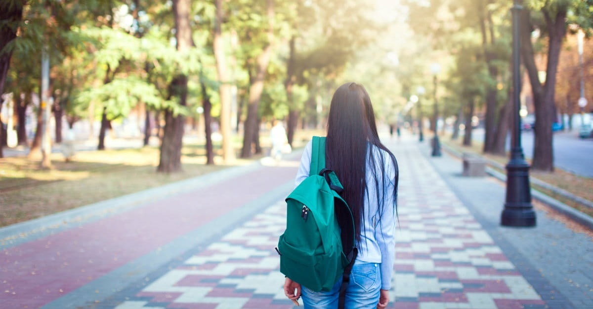 Next Stop College: 10 Things to Help Your Kids through Senior Year