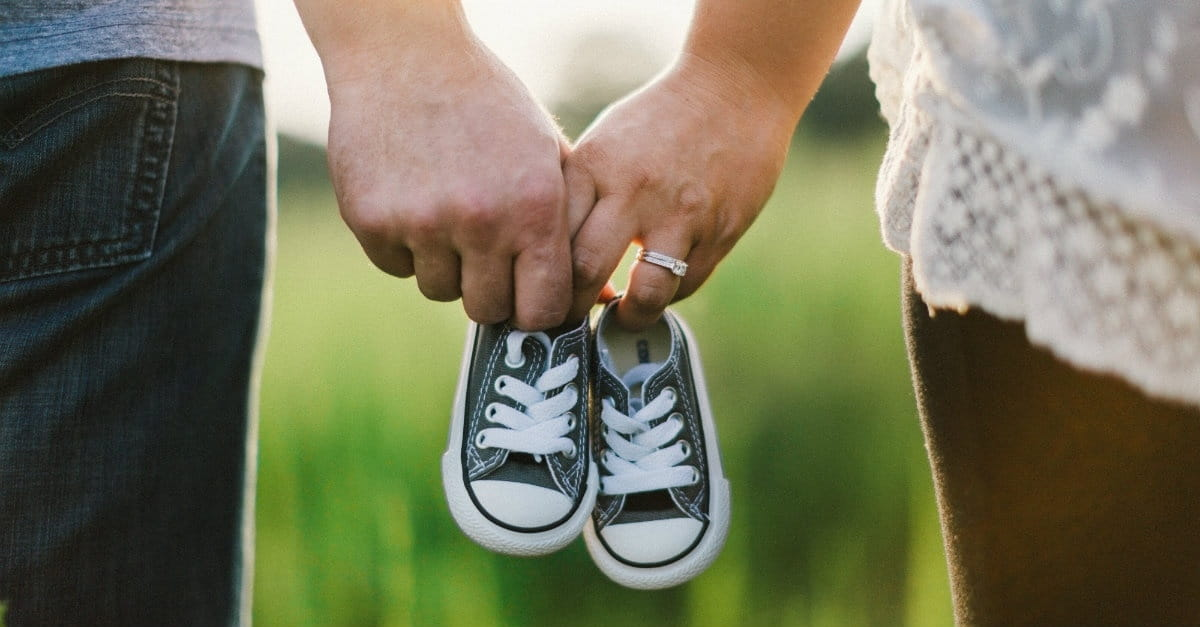 7 Lies Everyone Believes about Having Kids