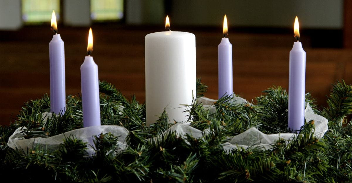 advent wreath with candles, meaningful Christmas
