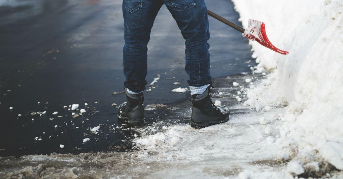 4. Shovel their driveway.