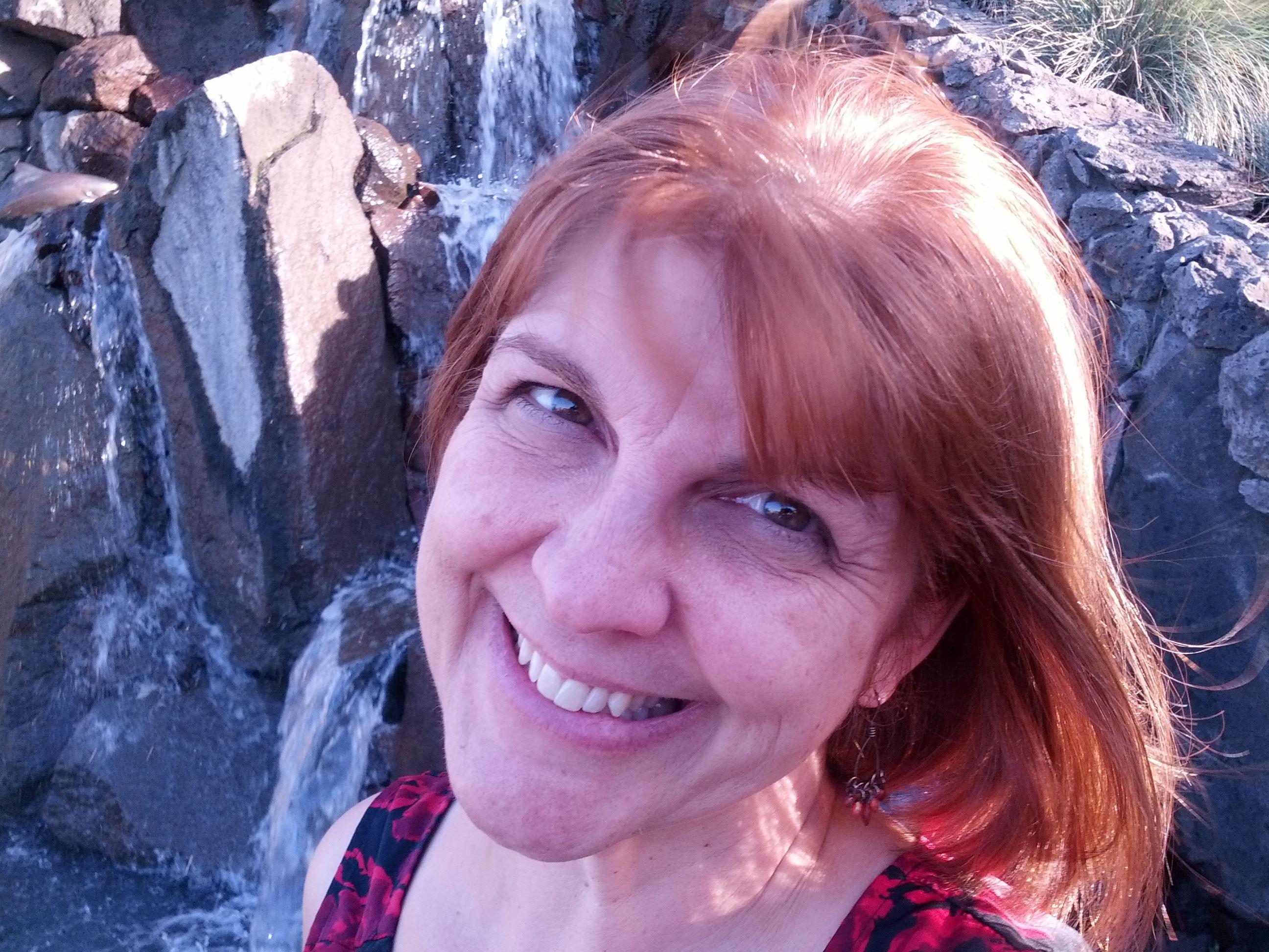 headshot of author Renee Sanford