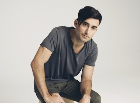 "Phil Wickham Ascends to First Career No. 1 Single with ""This Is Amazing Grace"" Topping National Christian Audience Chart"