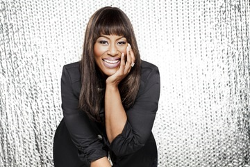 Mandisa Reveals New Clothing Line: SimplyMandisa