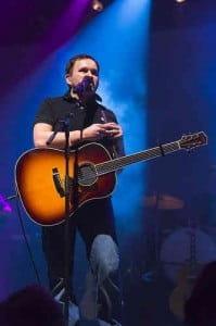 Top 12 Christian Contemporary Songs About Faith