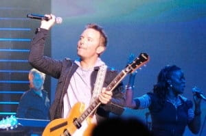 20 Songs To Lead a Contemporary Church Service