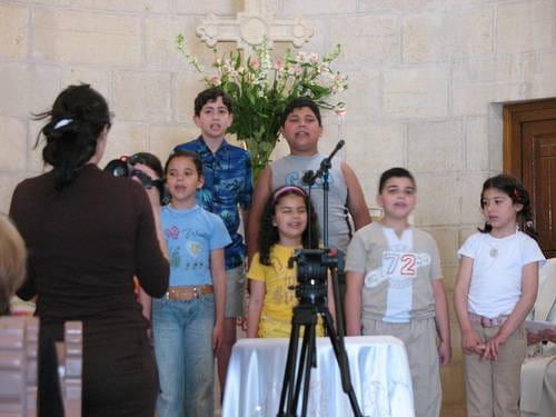 10 Faith Songs to Teach Children
