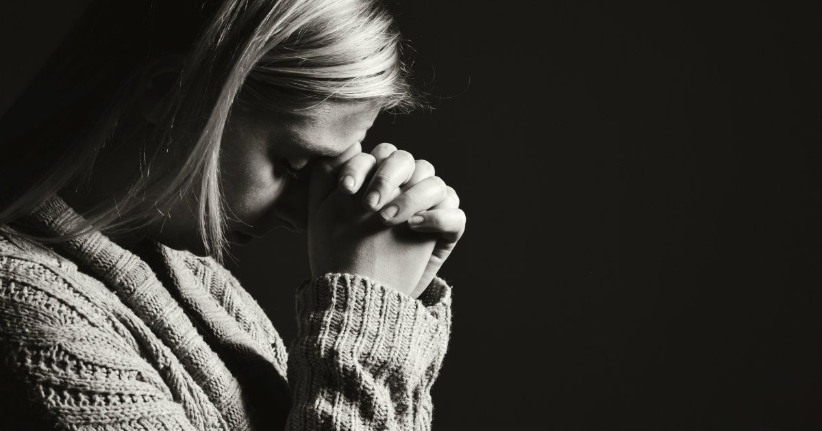 4 Simple Prayers for the Grieving Heart