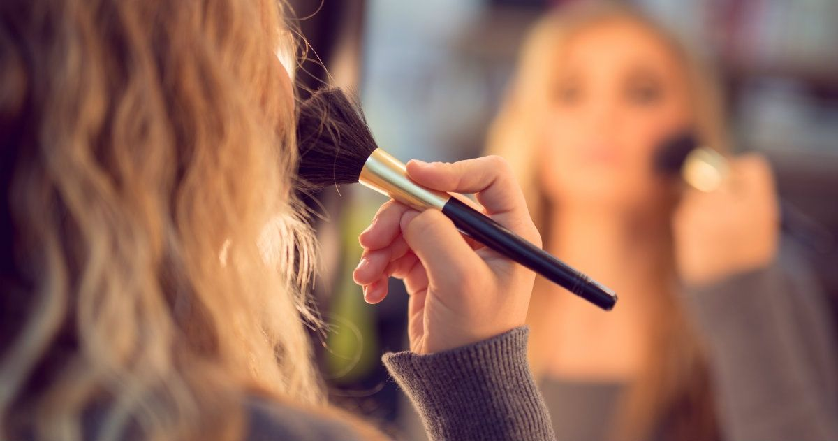 5 Tips to Turn Your Makeup Routine into a Spiritual Exercise