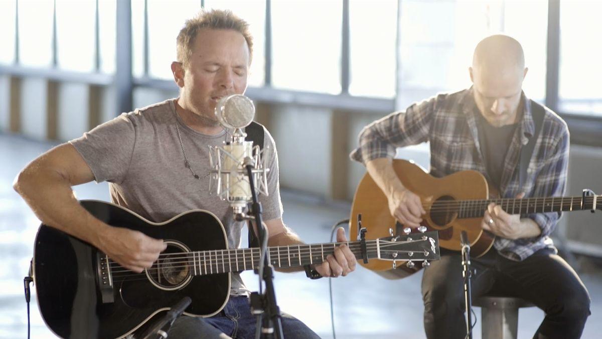 'Jesus' - Amazing Chris Tomlin Acoustic Performance