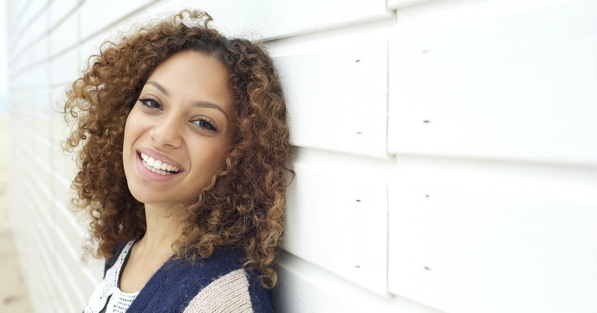 10 Ways Single Women Can Serve the Church
