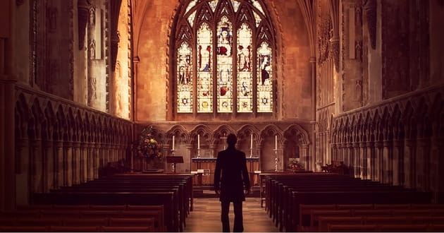 10 Ways to Pray for Your Church this Week